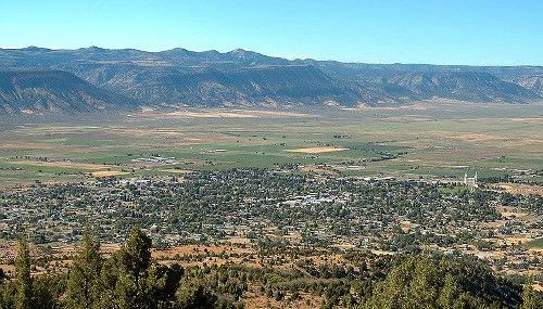 A view of Manti Utah which is part of Sanpete County.
