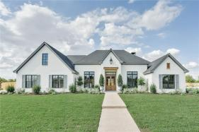 Chip and Jo's New Home For Sale in The Preserve, $699k