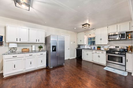 FULLY REMODELED MAGNOLIA HOME FOR SALE