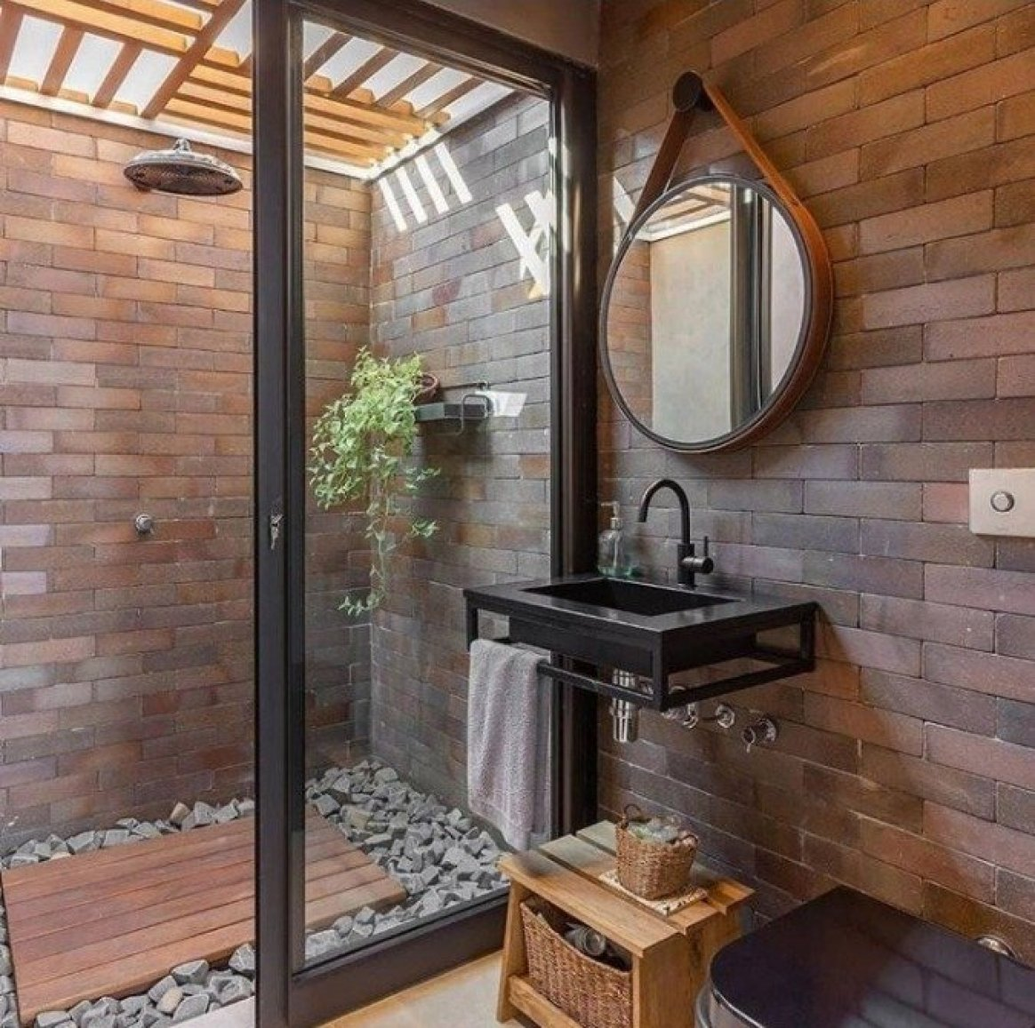 How To Build an Outdoor Shower: A Definitive DIY Guide