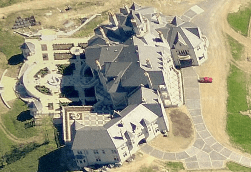 A Closer Look at the Insanely Gargantuan Mansion in Bell Acres PA  Homes of the Rich