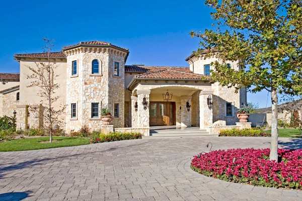 Britney Homes Of Rich