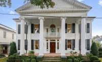 Neoclassical Revival Style Home In New Orleans, Louisiana
