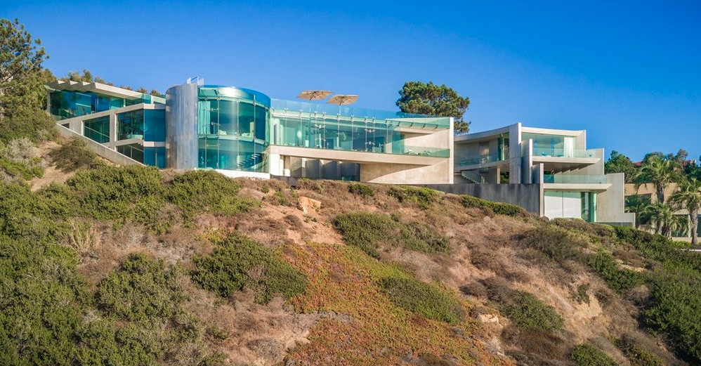 The Razor House  An Extraordinary Clifftop Home In La Jolla California  Homes of the Rich