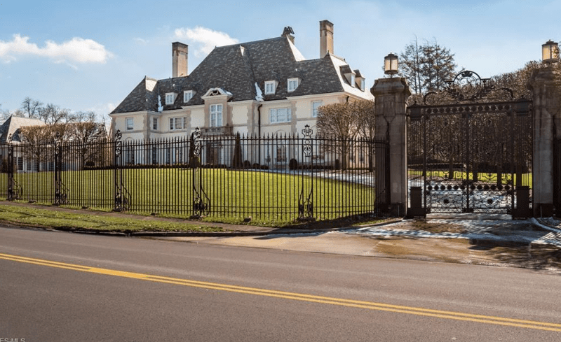 Historic Mansion In Akron Ohio Built For Harvey S