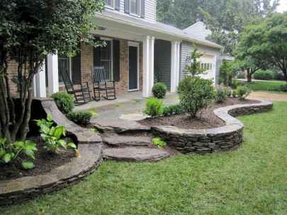 Affordable front yard walkway landscaping ideas (57)