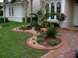 Affordable front yard walkway landscaping ideas (67)