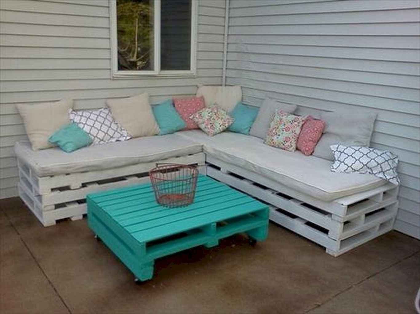Cleverly diy porch patio decorating ideas (2)