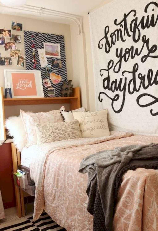 Cute diy dorm room decorating ideas on a budget (3)