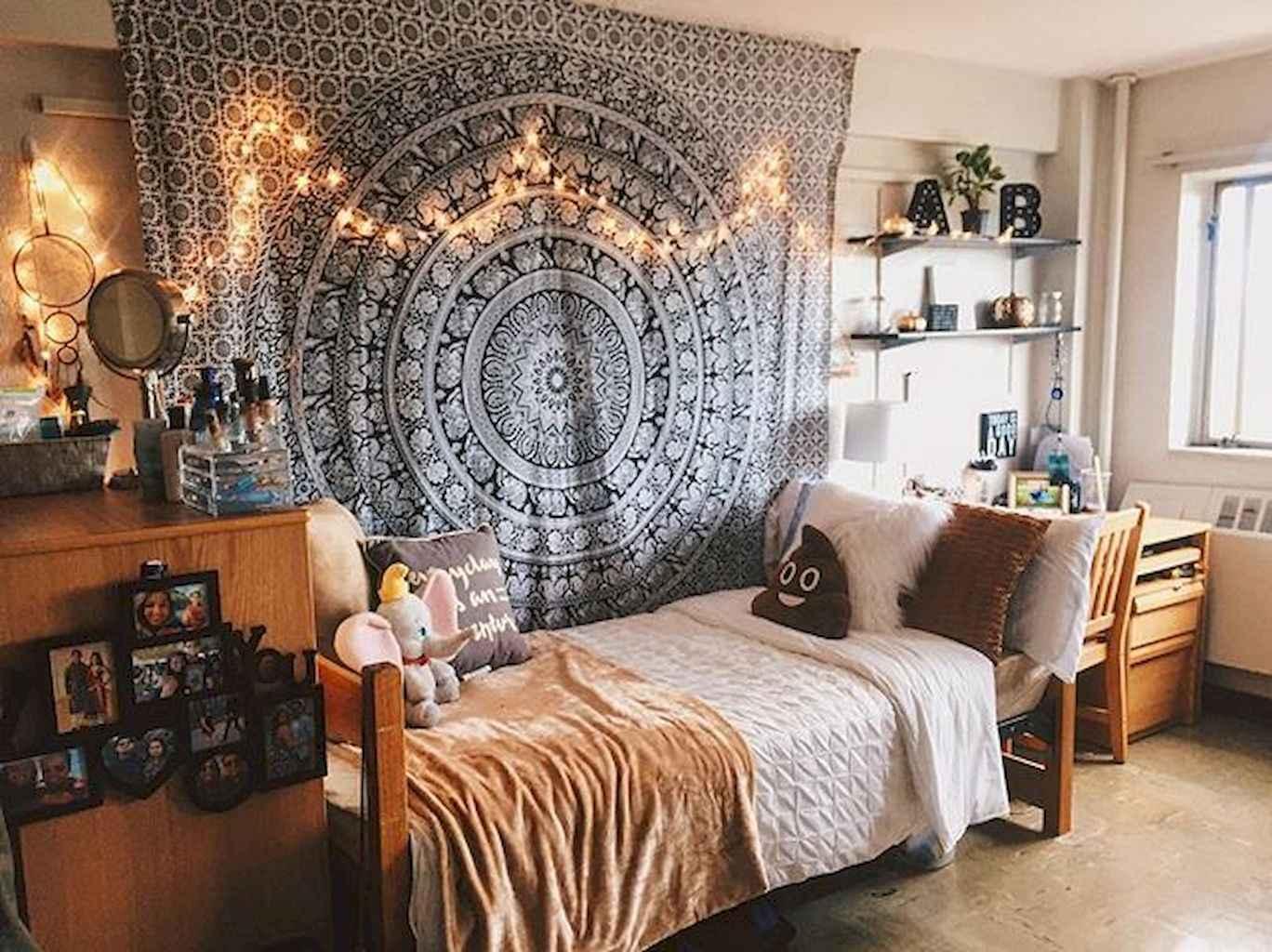 Cute diy dorm room decorating ideas on a budget (36)