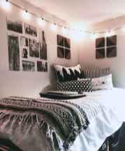 Cute diy dorm room decorating ideas on a budget (70)