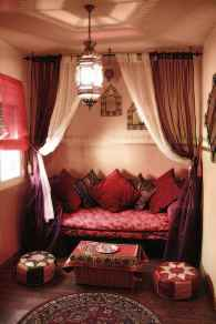 Fascinating moroccan vibe style living room for relaxing (53)