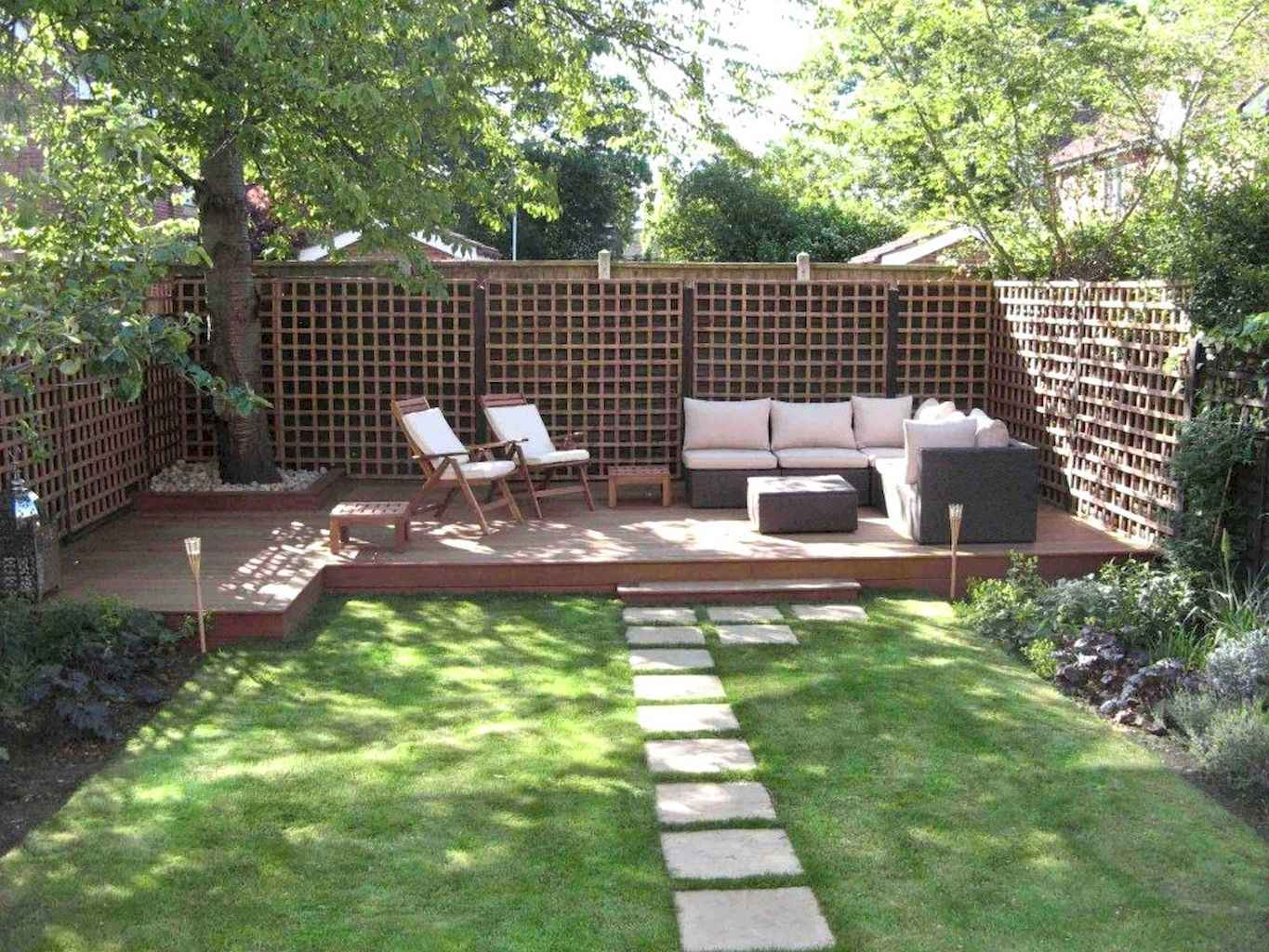 Small backyard landscaping ideas on a budget (34)