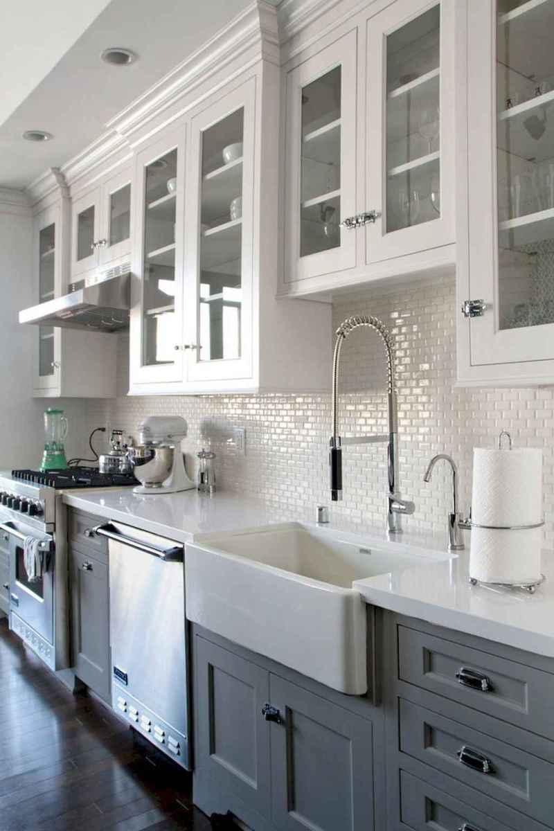 Stunning farmhouse kitchen design and decor ideas (35)