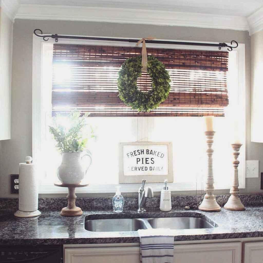 Stunning farmhouse kitchen design and decor ideas (37)
