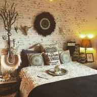 Beautiful and elegance chic bohemian bedroom decor ideas (45)