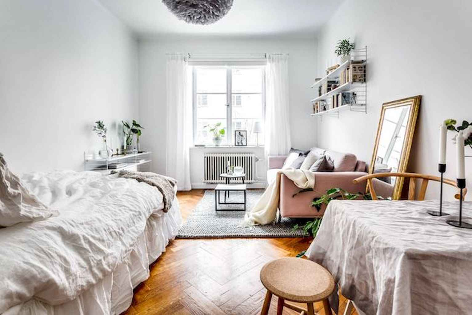 Cool small apartment decorating ideas on a budget (38)