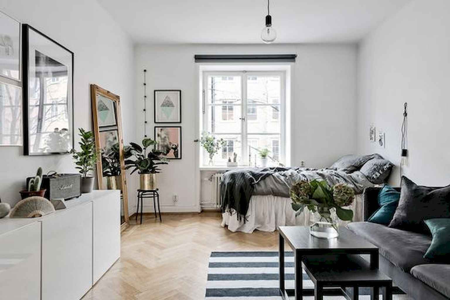 Cool small apartment decorating ideas on a budget (52)