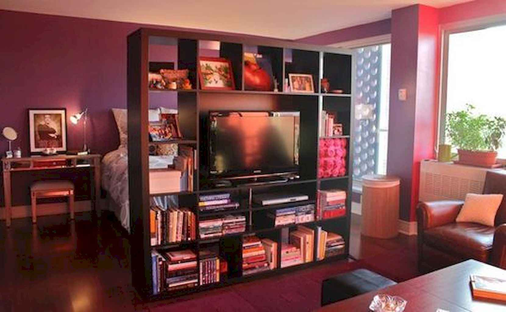 Cool small apartment decorating ideas on a budget (57)