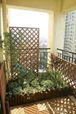 Cozy small apartment balcony decorating ideas (52)