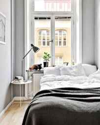 Creative cool small bedroom decorating ideas (73)