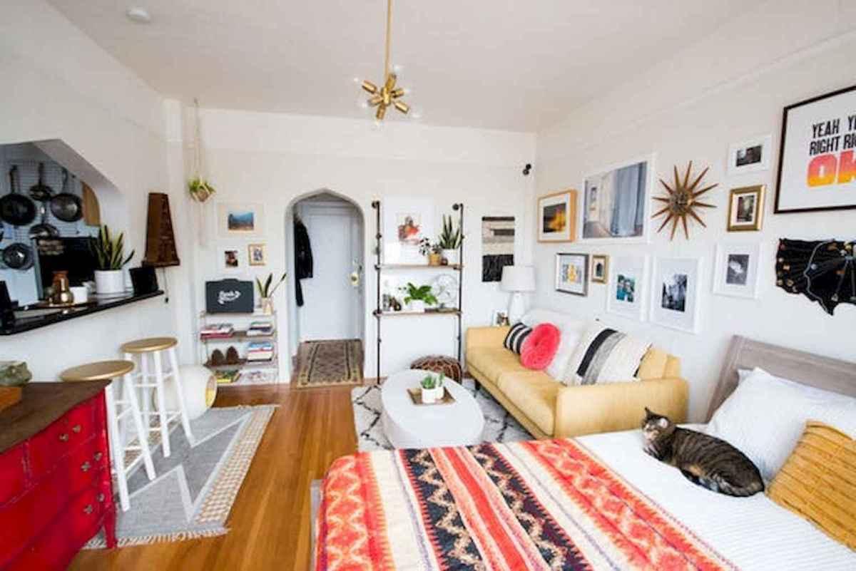 Inspiring apartment studio design & decor ideas (42)
