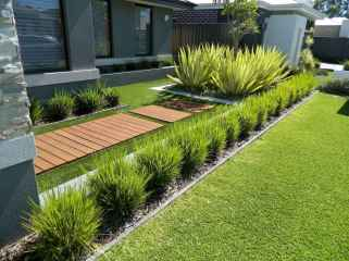 Simple clean modern front yard landscaping ideas (1)