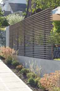 Simple clean modern front yard landscaping ideas (21)
