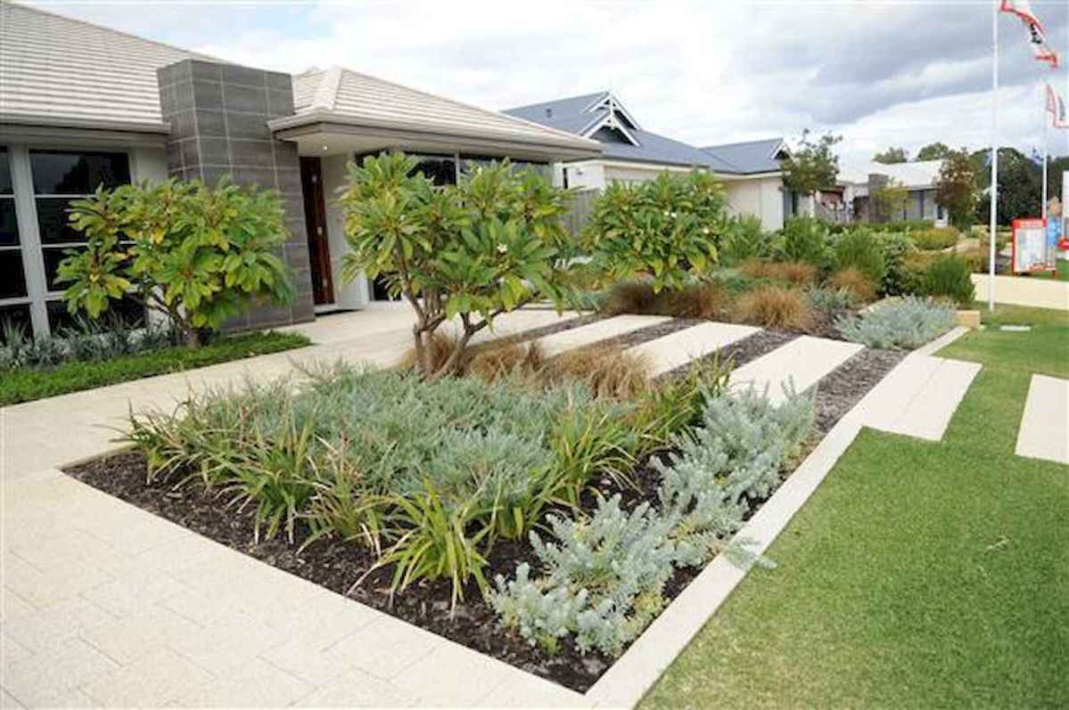 Simple clean modern front yard landscaping ideas (22)