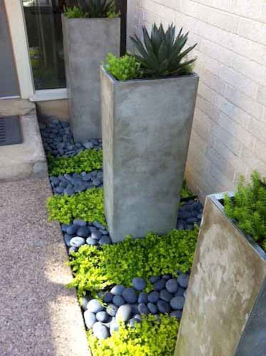 Simple clean modern front yard landscaping ideas (26)