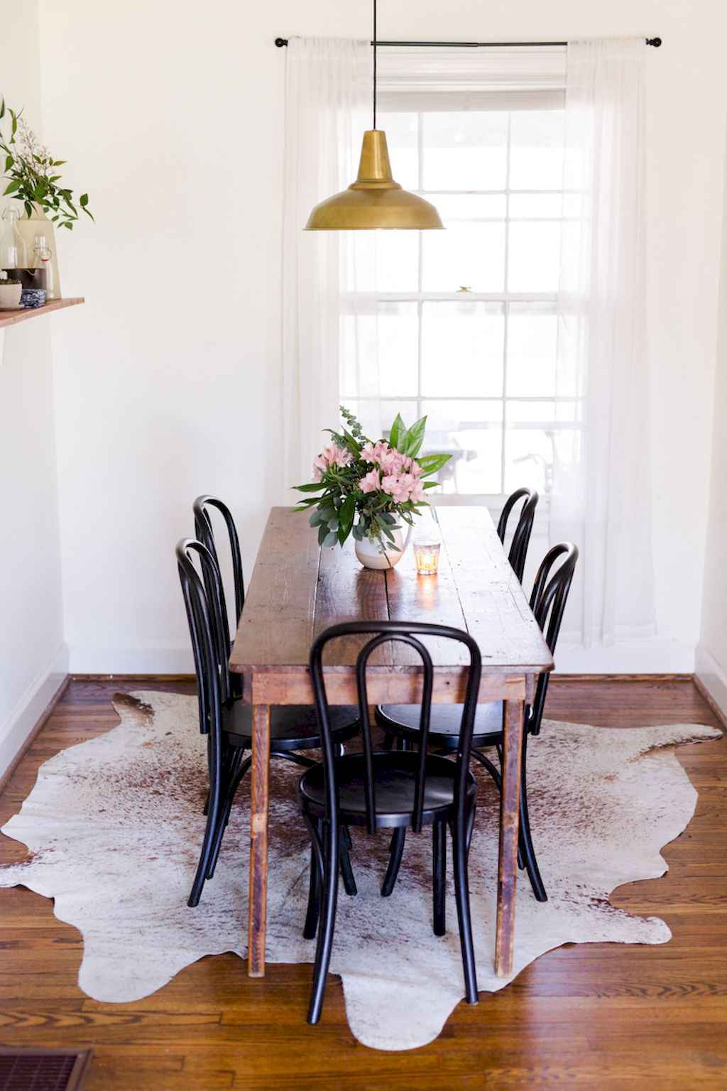 Small dining room table and chair ideas on a budget (29)