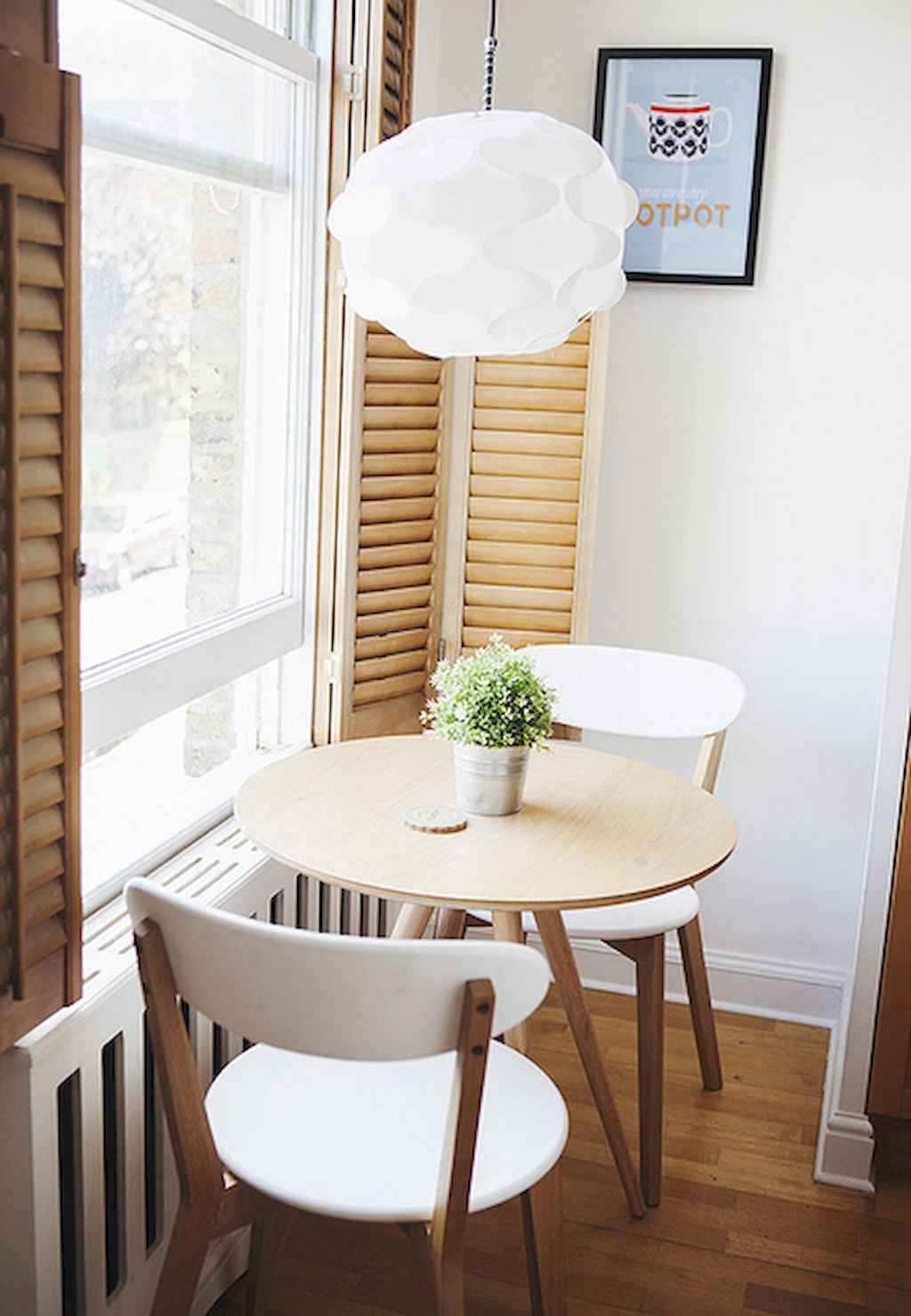 Small dining room table and chair ideas on a budget (52)