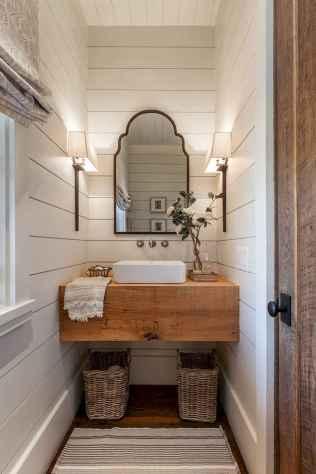 Vintage farmhouse bathroom remodel ideas on a budget (13)