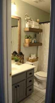 Vintage farmhouse bathroom remodel ideas on a budget (56)