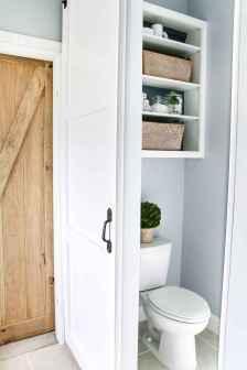 Vintage farmhouse bathroom remodel ideas on a budget (57)