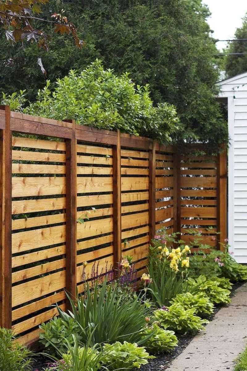Wooden privacy fence patio & garden ideas (35)