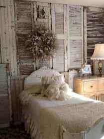 Adorable shabby chic bedroom decor ideas (6)