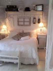 Adorable shabby chic bedroom decor ideas (7)