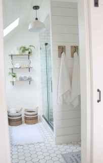 Attic bathroom makeover ideas on a budget (54)