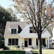 Beautiful farmhouse exterior design ideas (14)