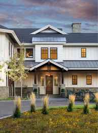 Beautiful farmhouse exterior design ideas (18)