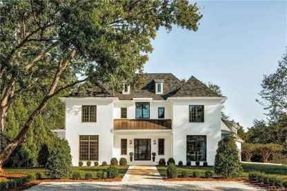 Beautiful farmhouse exterior design ideas (46)
