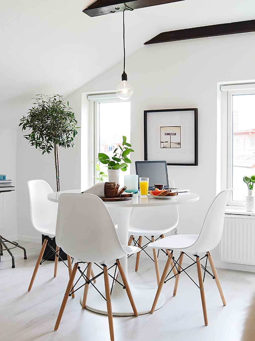 Clever small dining room ideas (23)
