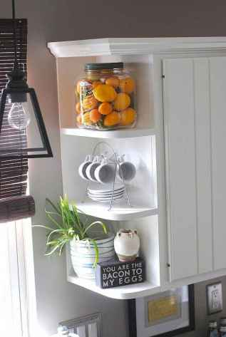 Clever small kitchen remodel and open shelves ideas (51)