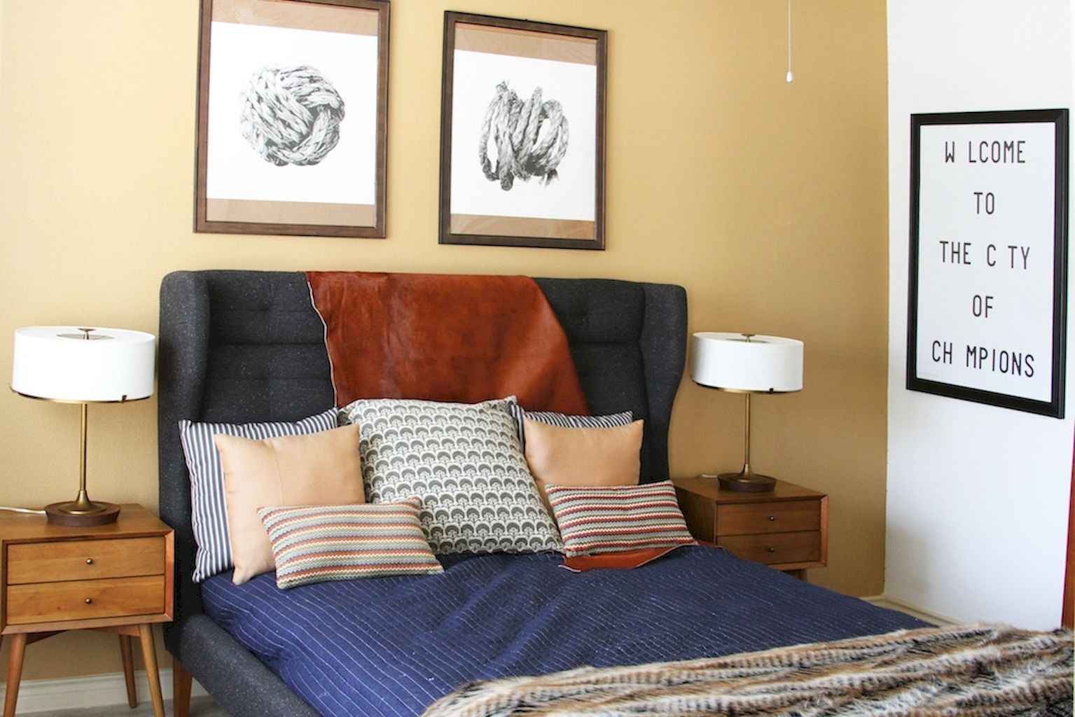 Couples first apartment decorating ideas (64)