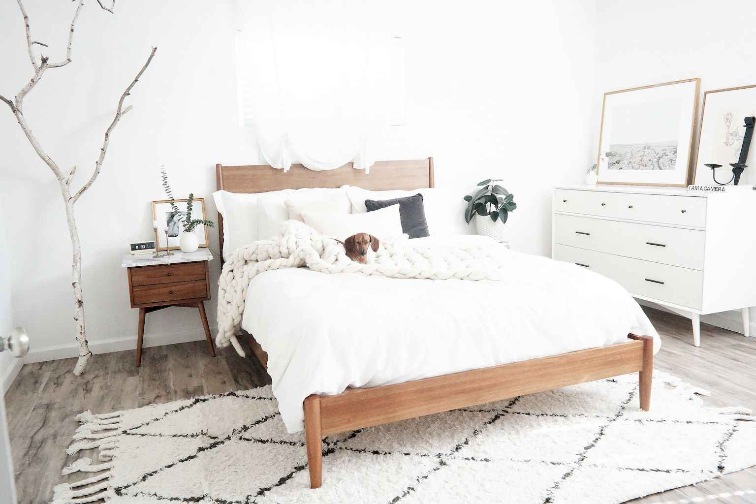 Couples first apartment decorating ideas (99)