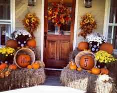 Creative diy fall porch decorating ideas (1)