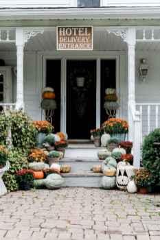 Diy farmhouse fall decorating ideas (48)