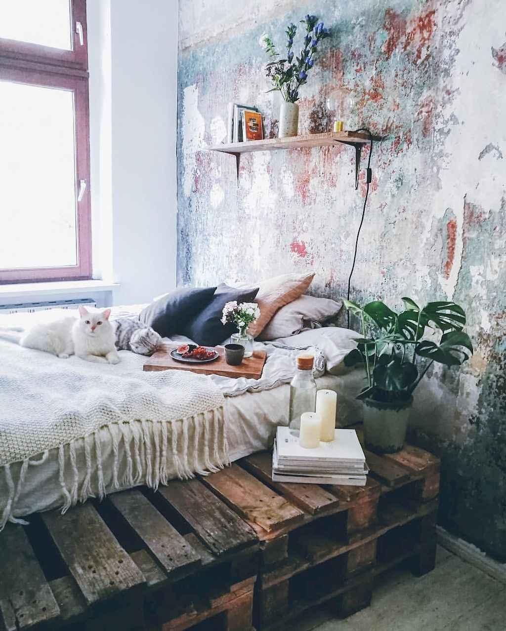 Gorgeous rustic master bedroom design & decor ideas (25)