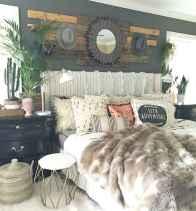 Gorgeous rustic master bedroom design & decor ideas (37)